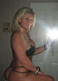 Meet married women who are willing to cheat on their husbands